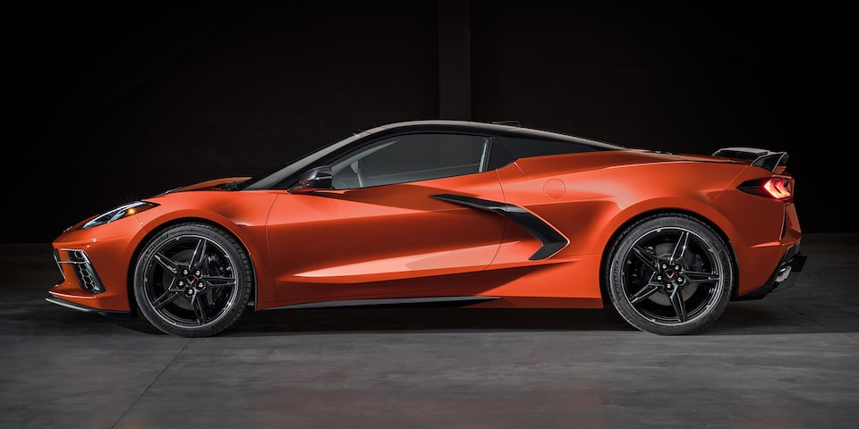 Chevrolet Corvette Stingray convertible 2020 con nuevas franjas deportivas Carbón Flash